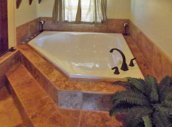 Jacuzzi tub at Jenschke Orchard Bed and Breakfast in Fredericksburg, TX.